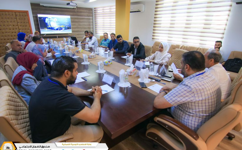 شرق وغرب بنغازي في ضيافة إدارة الشؤون الادارية والخدمات و منظومة شؤون العاملين محور الاجتماع